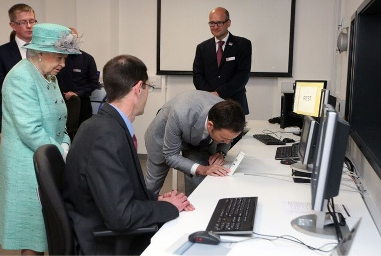 The Queen opens Cardiff University's new neuroimaging centre